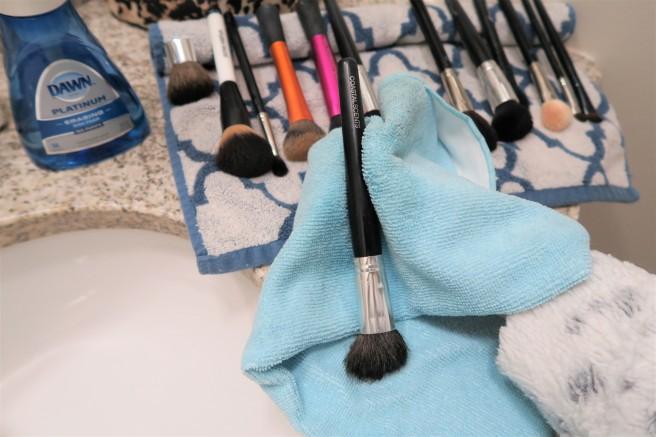 10 wiping handles